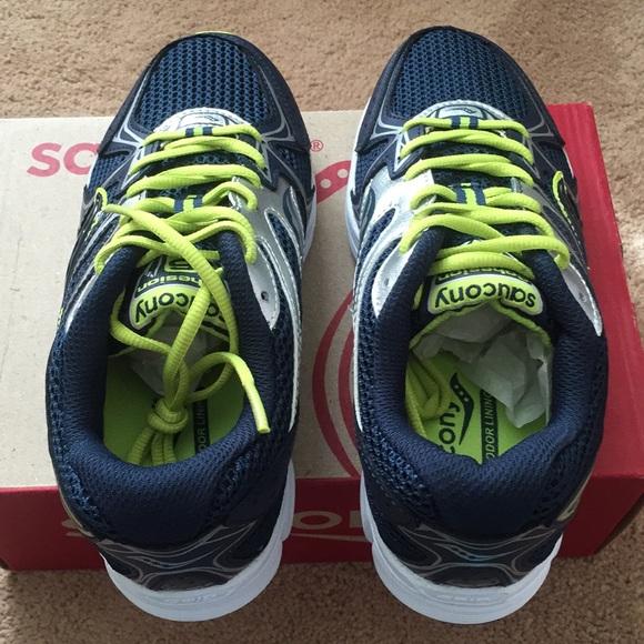 EUC Saucony boy sneakers in size 2.5M